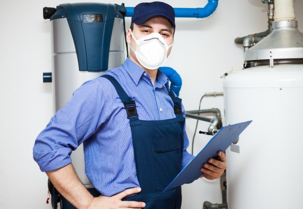 4 Glaring Signs Your Water Heater Needs to Be Serviced